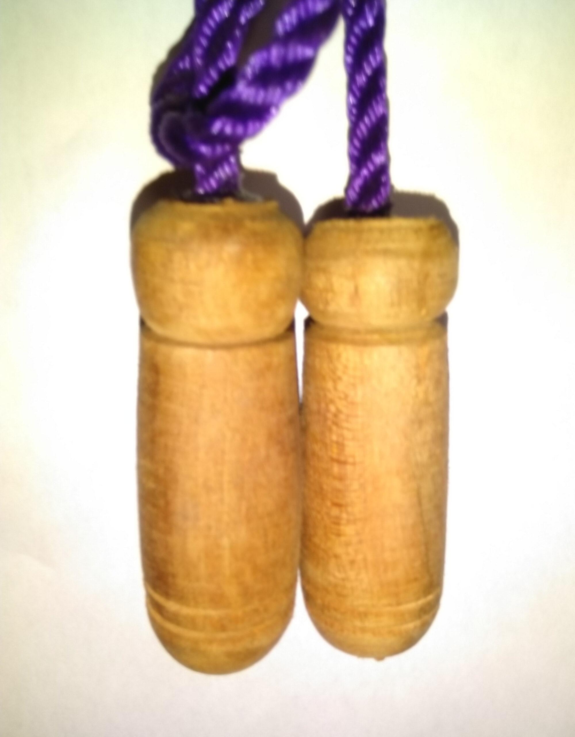 Jump rope handles